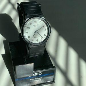 NIB Casio Classic Quartz Watch Resin Strap